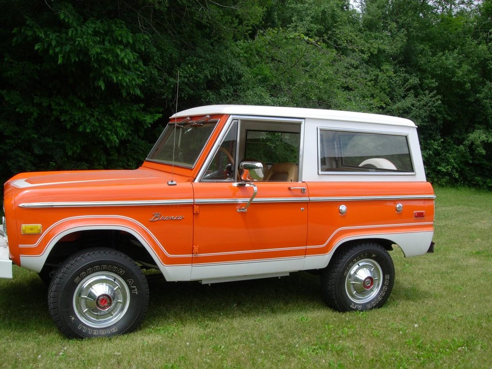 JWS Classic Cars in Wisconsin